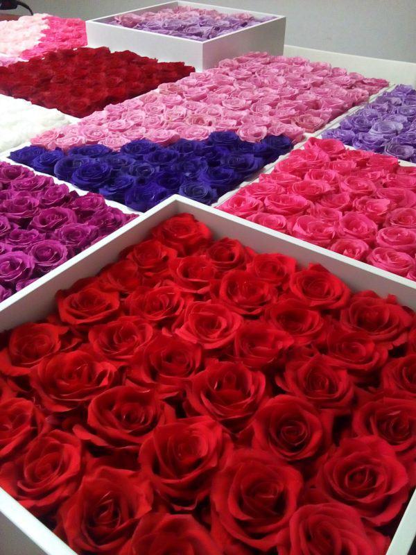Rose Belle piękne dekoracje z kwiatów stabilizowanych.
